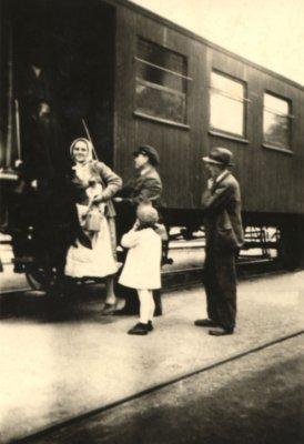 Der Sommerwagen am Busiascher Bahnhof