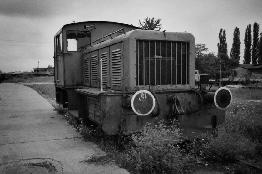 Ein weiteres Exemplar dieser Baureihe wurde am 17. August 2002 in den Eisenhüttenwerke bei Hunedoara fotografiert. Die Lok trägt die Fabriknummer 20.007