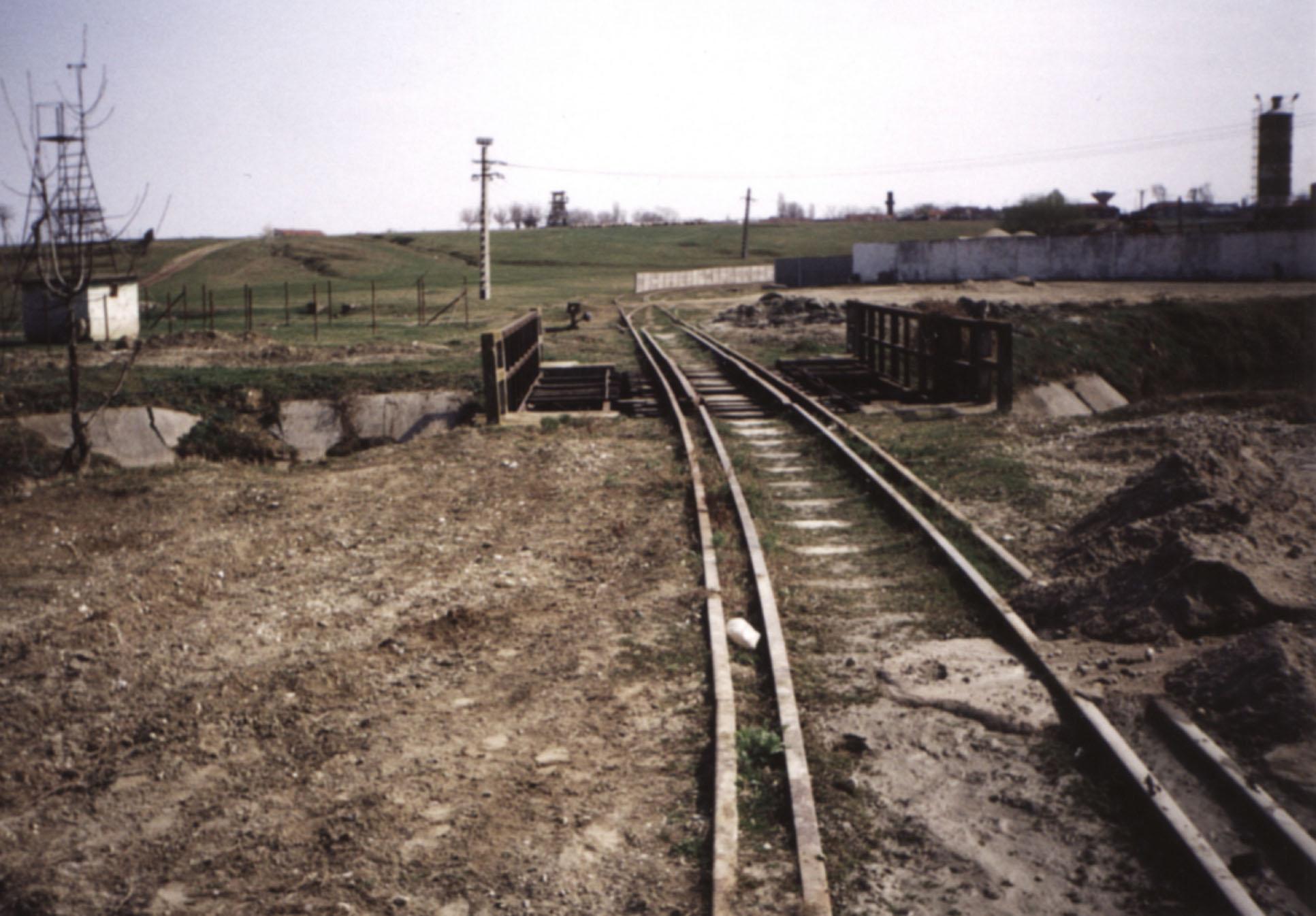 """Die stillgelegte Strecke zur """"Apemin"""" und die Brücke über den Weidenbach"""